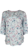 Cassiopeia - Kiesha blouse with 3/4 sleeves round neck and smock at the top in light crep