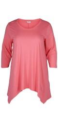 Zizzi - Lækker t-shirt med 3/4 ærmer og asymmetrisk afslutning forneden