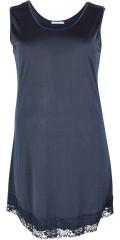 Gozzip - Lång underklänning med vidd band och vacker spets under