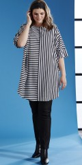 Zhenzi - Tunica little oversize with 3/4 sleeves in hard fabric