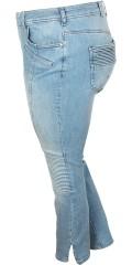 Zizzi - Smart strechy jeans modell sanna, med slitsar i benen och smart effekt vid knäna