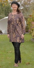 container+ - Tunica with 3/4 sleeves and animal print