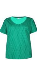 Zhenzi - T-shirt med korte ærmer og v-hals samt brystlomme i venstre side