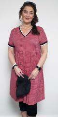 Handberg - Strechy kjole i flott trykk med legg hvor skjørtet er sydd på