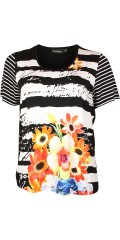 Handberg - T-shirt with short sleeves and with nice flowers front