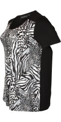 Handberg - T-shirt with short sleeves in a-shaped and nice animals print in front piece