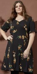 Zhenzi - Harlan blomstrad klänning (svart)