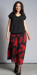 Studio Clothing - Beautiful pleat skirt with red flowers