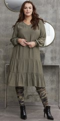 Zhenzi - Adetta ruffledress in flax look