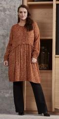 Zhenzi - Iras klänning, med små lämnar