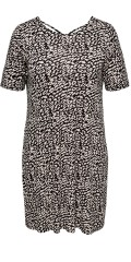 ONLY Carmakoma - Super smart dress from only carmakoma with cool effect on the back.