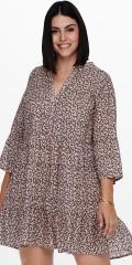 ONLY Carmakoma - Blomstrad tunika klänning