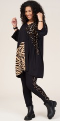 Studio Clothing - Stina oversize tunika med kombinering tryck