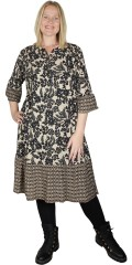 Cassiopeia - Nellaine dress with graphic print