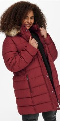 ONLY Carmakoma - Luna quilted coat with fake fur