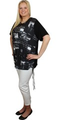 M fashionwear - T-shirt with round neck and short sleeves, also smart print
