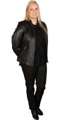 Onstage Collection - Spare 2400 kr. På kort lammeskinn jakke med mange tøffe detaljer